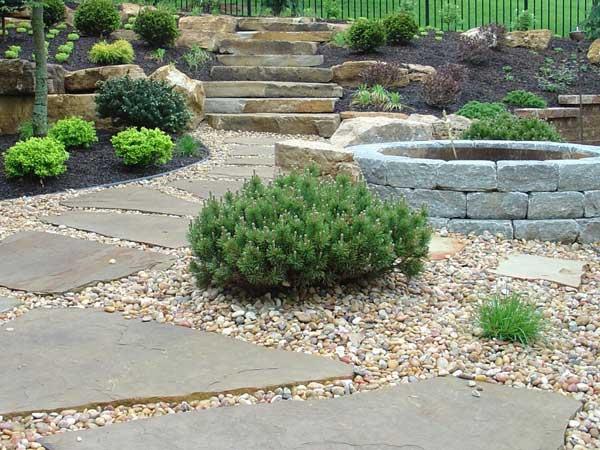 Realizzazione-pavimenti-per-esterni-pietra-casalecchio